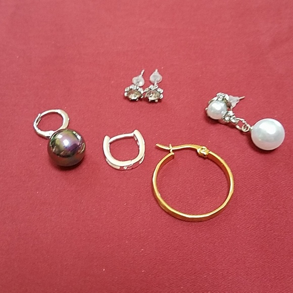 Jewelry - 1pr Crystal Studs + Lot of 4 Single Earrings
